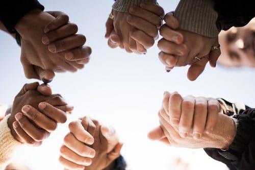 healing-prayer-hands-of-healing